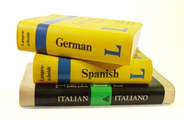 guidebooks-1425706-1280x960-880x660