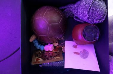 Zdjęcia - _Lektura w pudełku_ (17 Dec 2020 at 08_59)